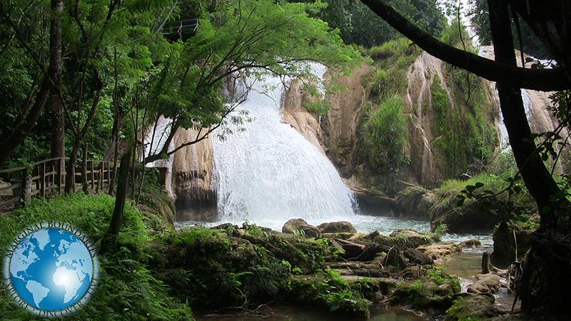 the waterfalls of Agua Azul