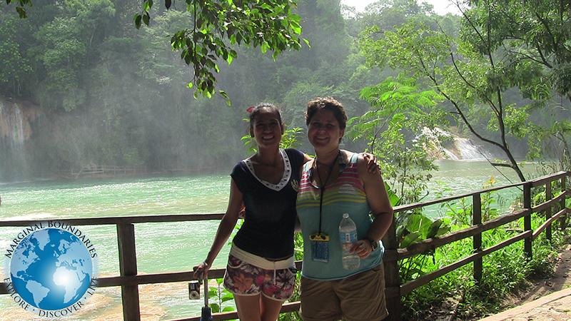Cris and Amelia at Agua Azul