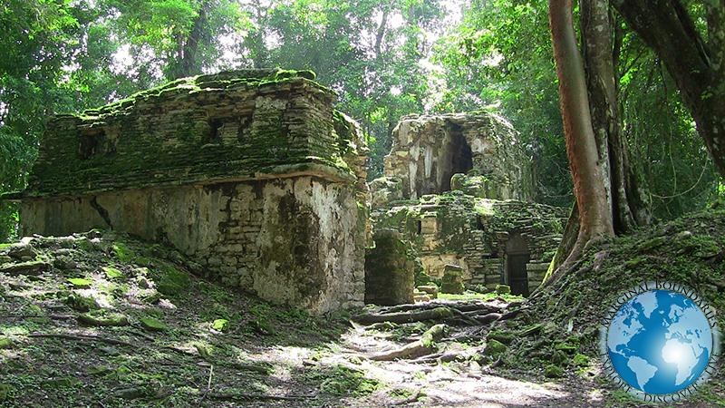 hidden ruins at Yaxchilan