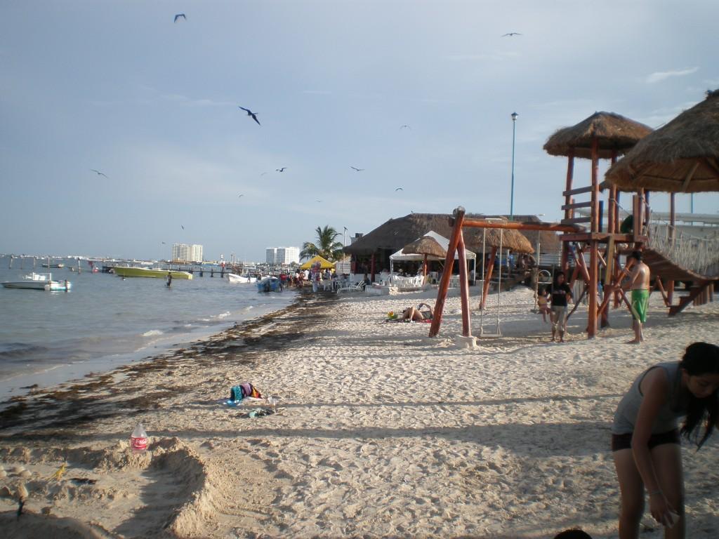 Playa Niños, Cancun, Mexico