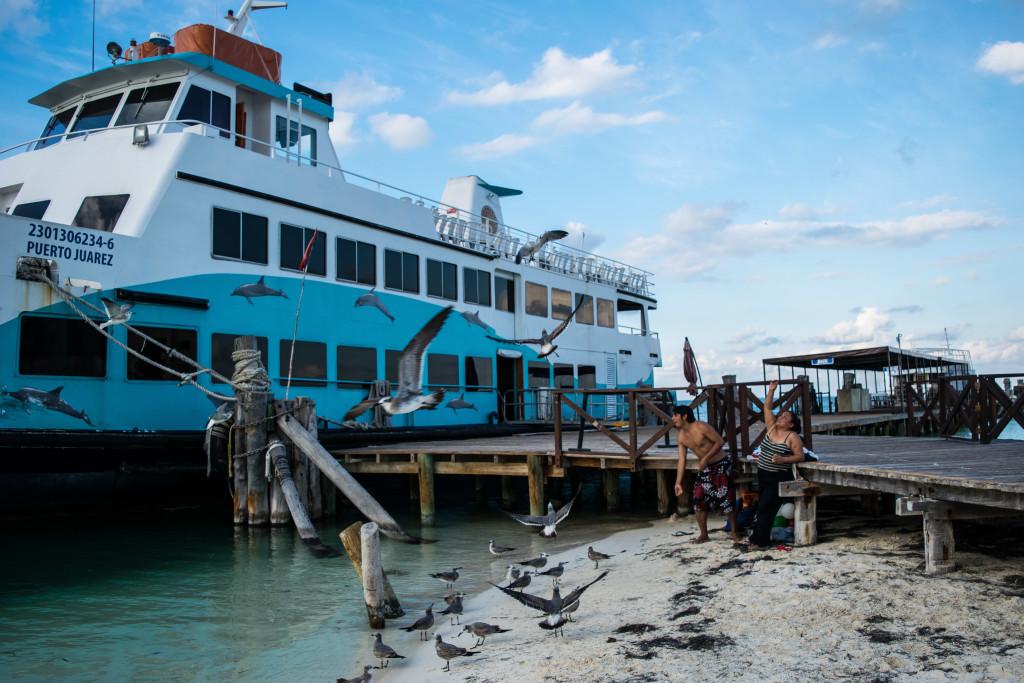 docks at Playa Langosta