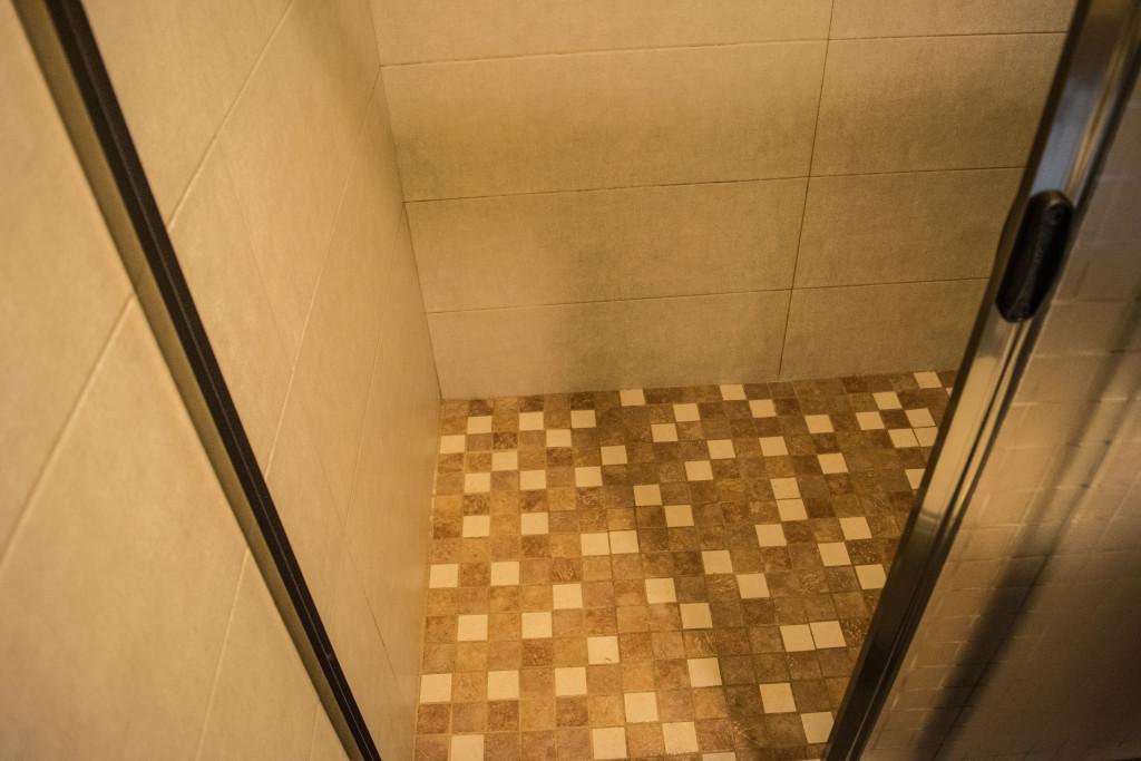 shower floor tile
