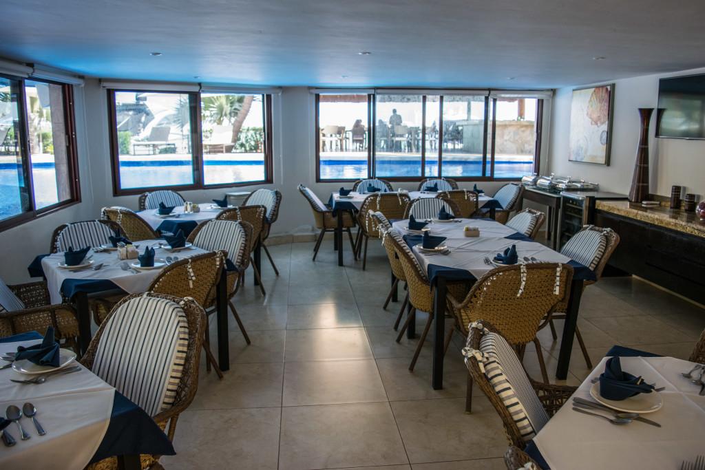 Sina Suites restaurant