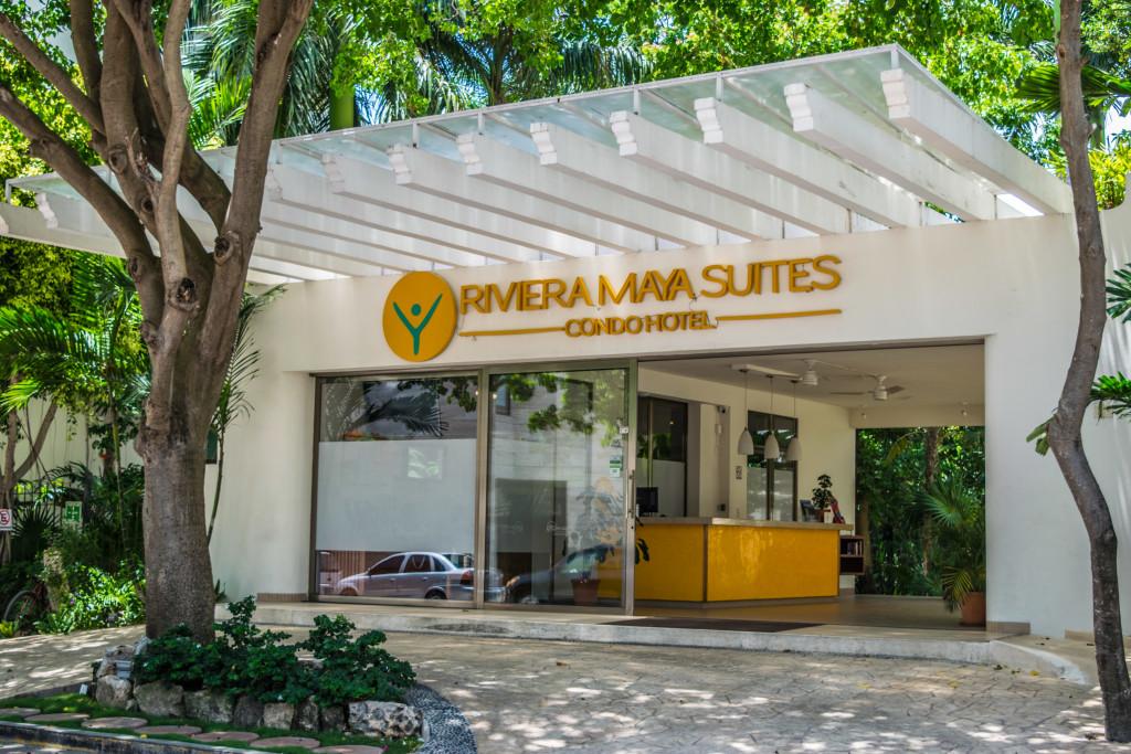 Riviera Maya Suites entry