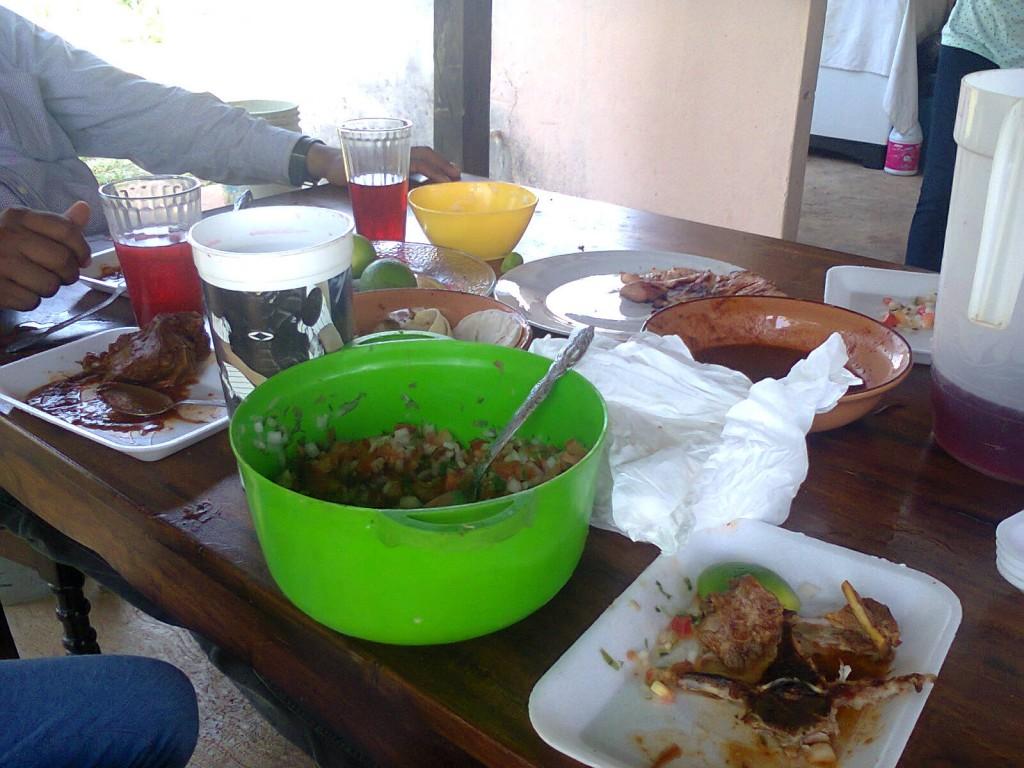 moar food!