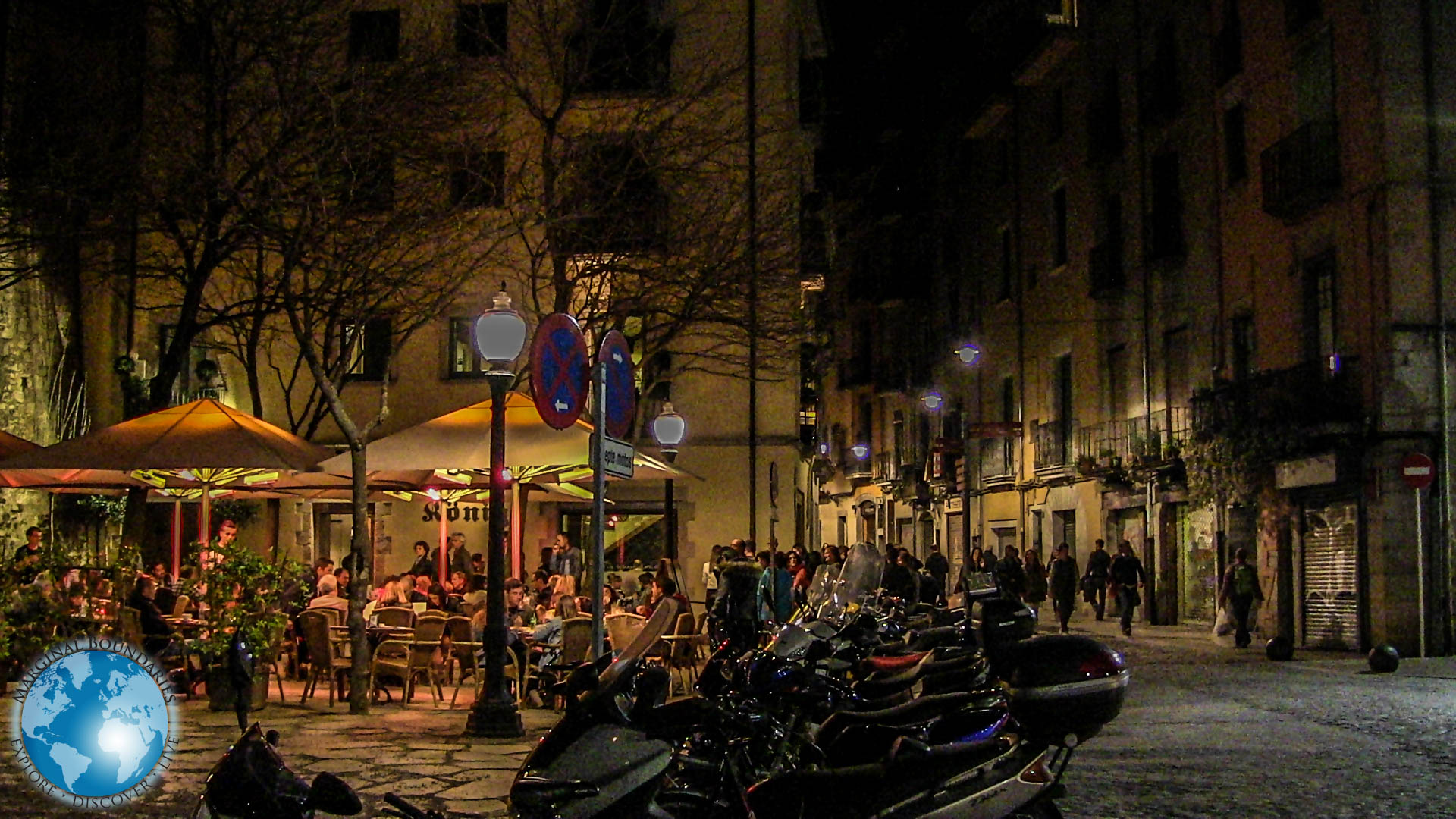 The streets of Girona at night