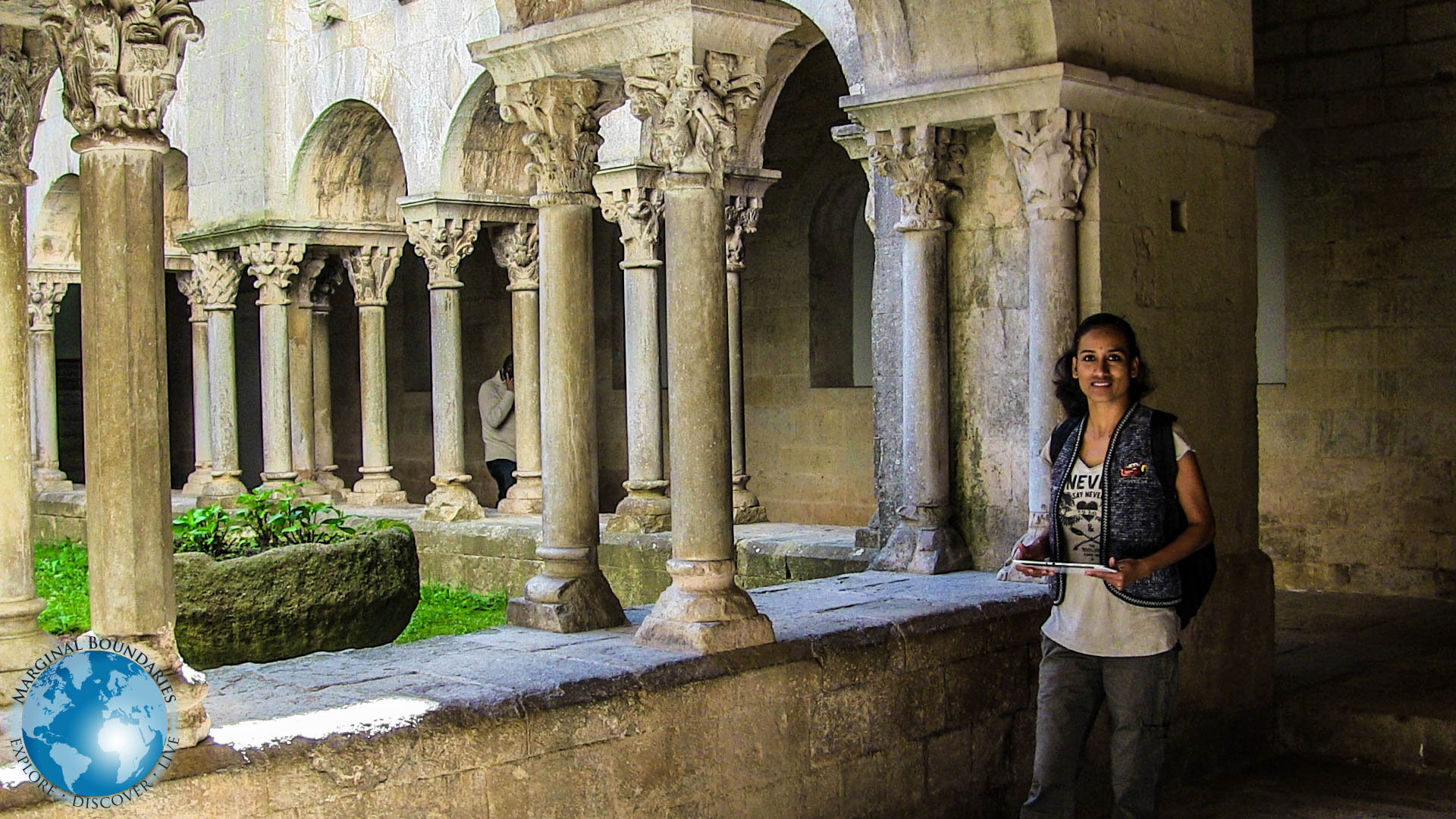 The courtyard of the Monastery of Sant Pere de Galligants