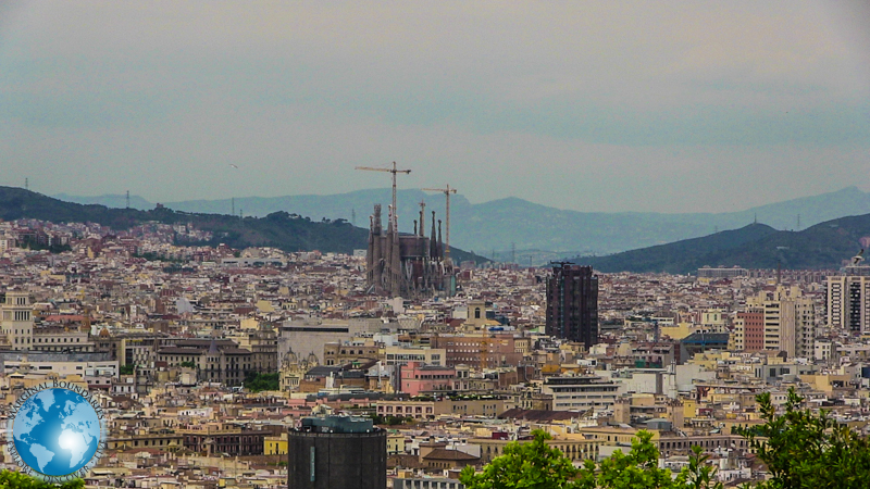 La Sagrada Familia and Barcelona
