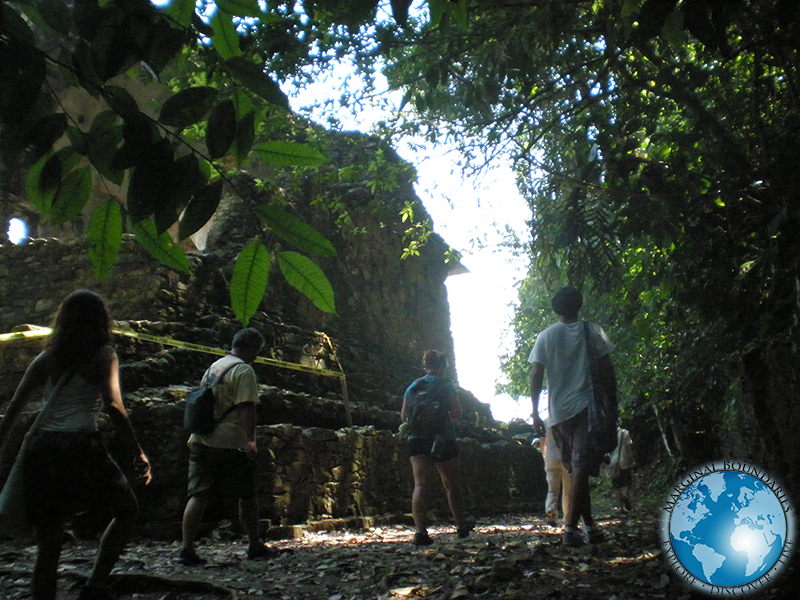 Group entering the ruins of Palenque